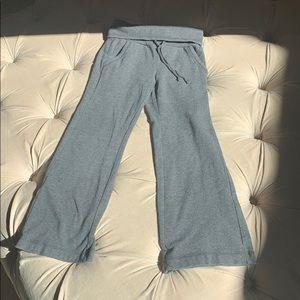 Gap leggings with fold down waist